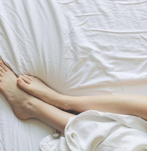 bed-bedroom-blanket-comfort-Carpet-Cleaner-Scarborough